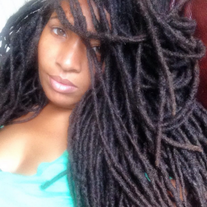 Close Up of Locs on Loccrush - CURLYNUGROWTH.com