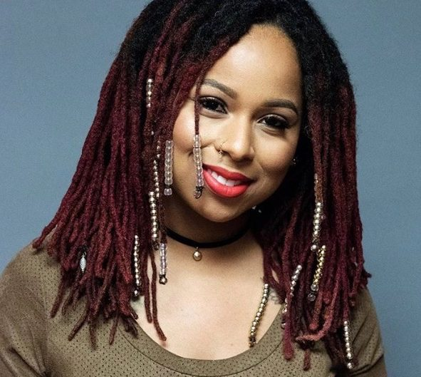 7 Methods to Start Locs: Drawbacks & What to Expect