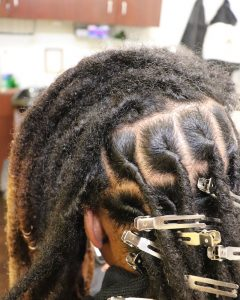 retwist on thick locs